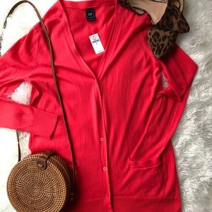 Gap Coral cardigan size med -NWT